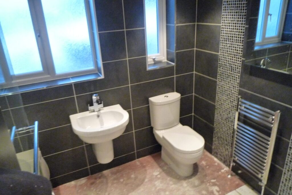 Completed bathroom pictures and comments….