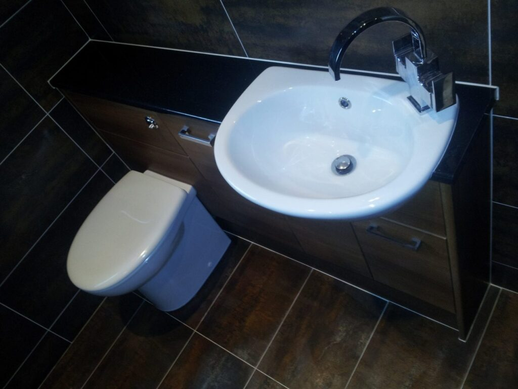 Mr Amp Mrs Kay Bathroom In Harwood Bathrooms And Kitchens