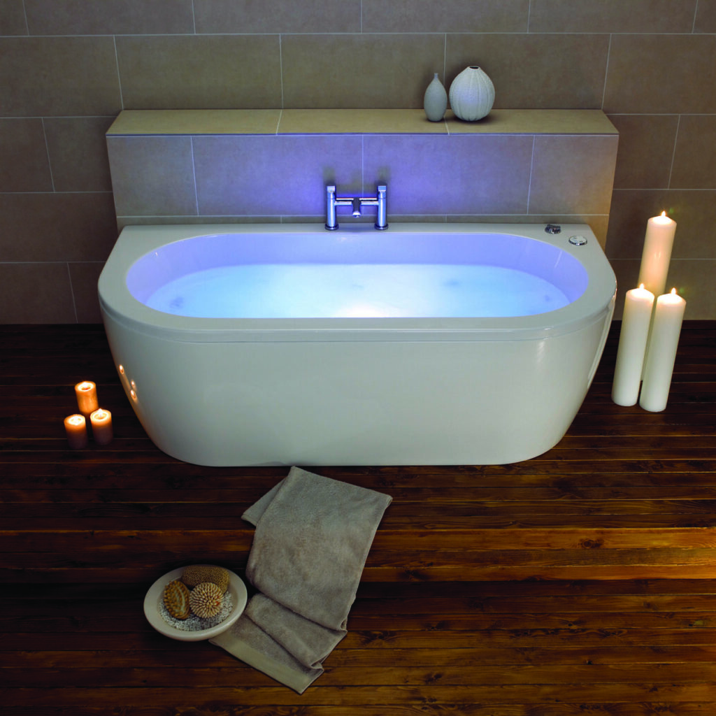 Luxury double end baths at Oldfield's