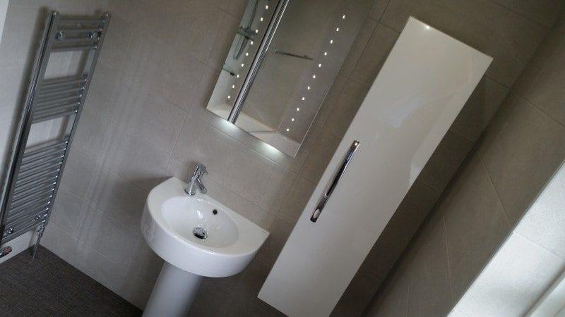 Mr & Mrs Smith, Bathroom in Bury